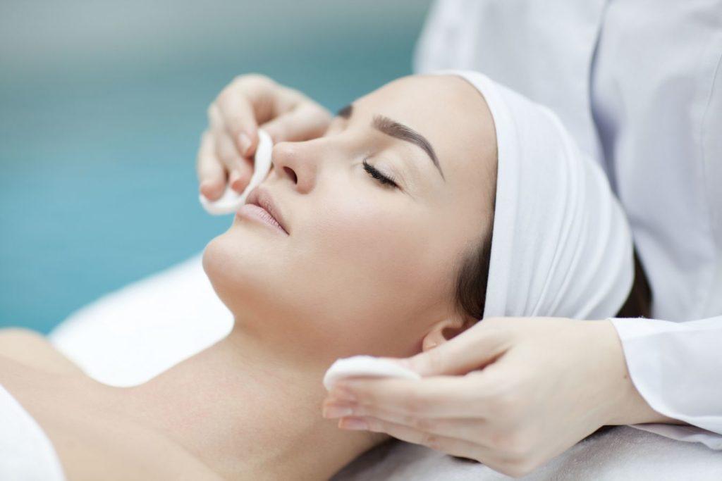 zabieg organiczny na twarz i ciało